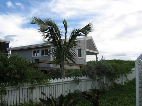 Sea Oats Oceanfront Cottage (post Dorian)