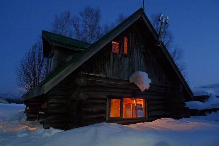 Niseko Log house stay (3 people ~ 6 people)