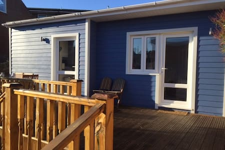 Seaside style cabin in central Cowes - Cowes - Cabin