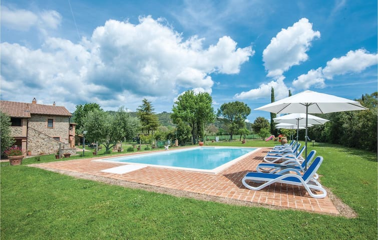 Holiday apartment with 2 bedrooms on 65m² in Cinigiano GR