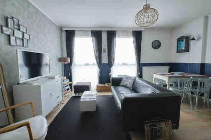 2 bedroomed Flat in Lens centrum