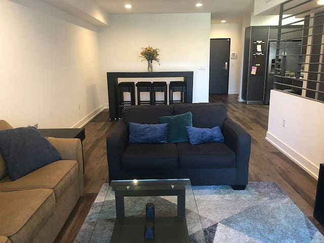 Private Bedroom in Hollywood/West Hollywood