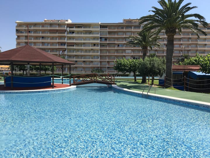 Apartments with several swimming pools. Ref. Peñismar-3