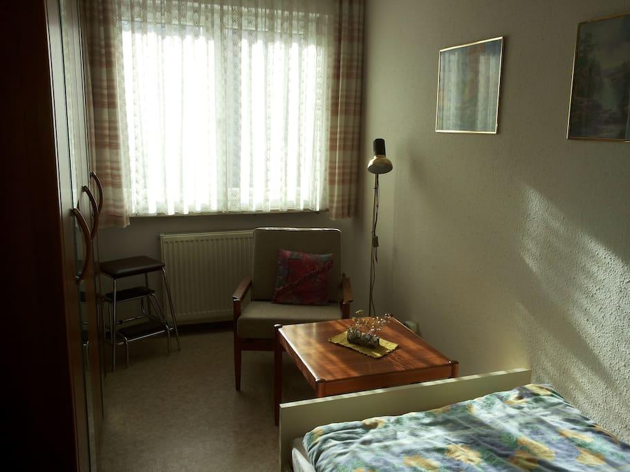Das Zimmer, Sicht 2