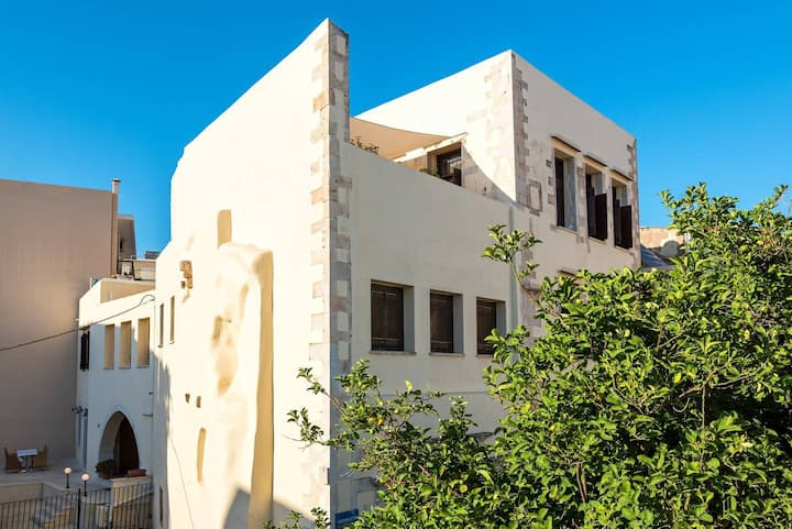 Lithinon Studios In Chania Old Town   1 Bedroom 1st floor