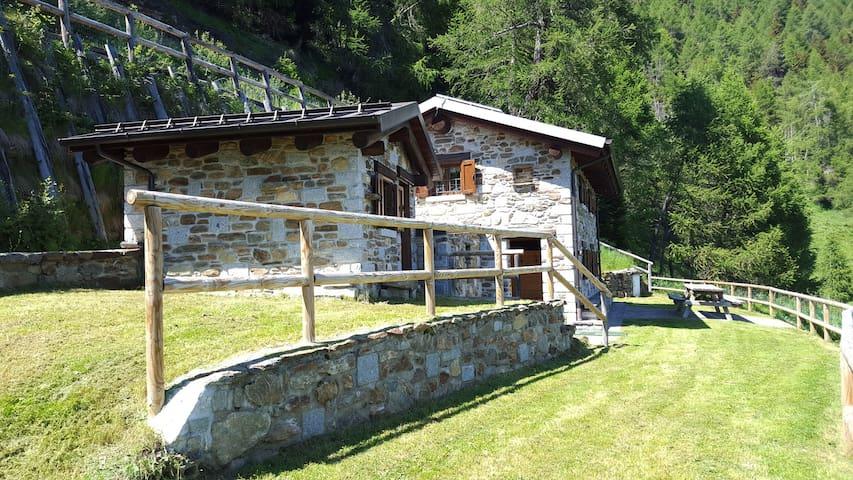 Chalet la Cort zona Passo Mortirolo - Monno - Chalet