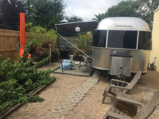 Cozy Airstream-2 free espresso drinks daily+Kayaks