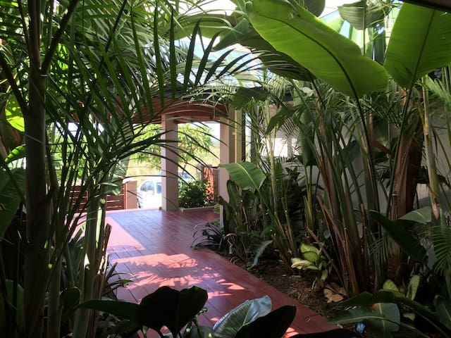 Bali style house - Hocking - Appartement