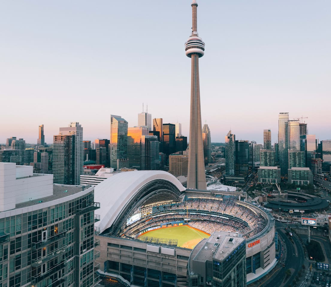 downtown toronto amazing view of the city condominiums for