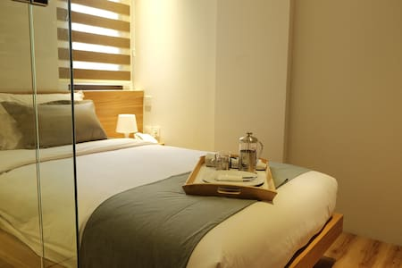 Comfy Room in South Jakarta - Mampang Prapatan - Bed & Breakfast
