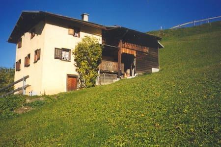 Ferienhaus Brün - Valendas