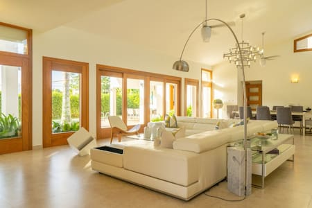 The Palms Villa in the heart of Punta Cana Village