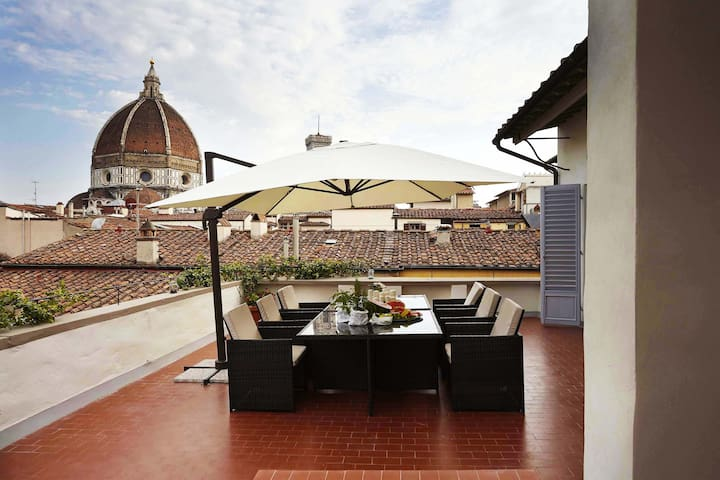 MDR Central Luxury Attic With Private TOP Terrace