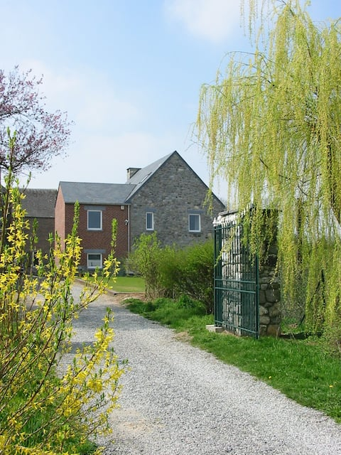 Beautiful rural cottage (9 pers - 5 ch) Prov Namur