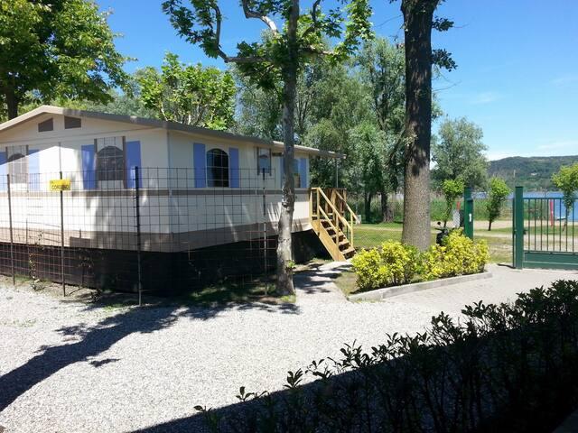 Lodgetent/cottage direct aan LAGO MAGGIORE Nr 101 - Dormelletto