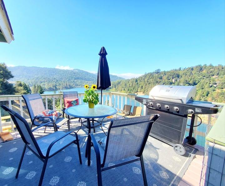 Lake Vista Lodge | Incredible Lake View | Memories