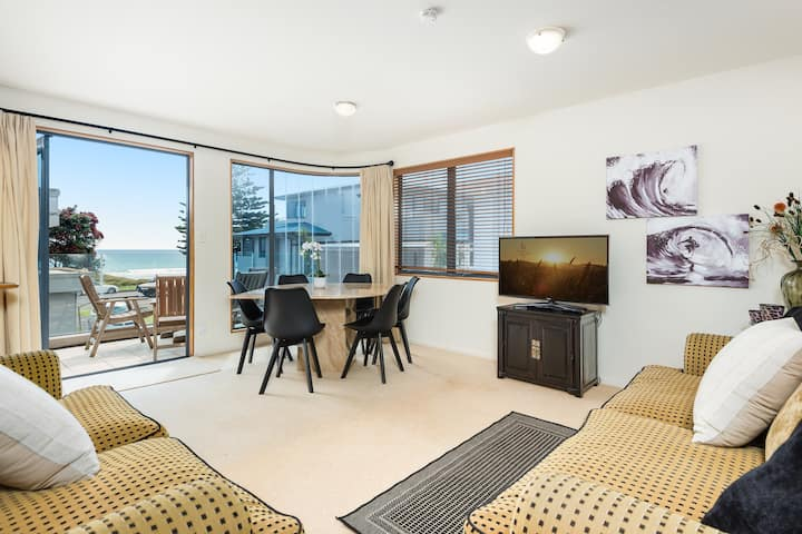 Beachfront townhouse in Mt Maunganui