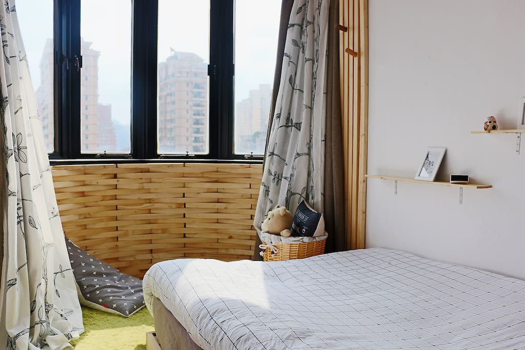 cozy room downtown wohnungen zur miete in shanghai shanghai china. Black Bedroom Furniture Sets. Home Design Ideas