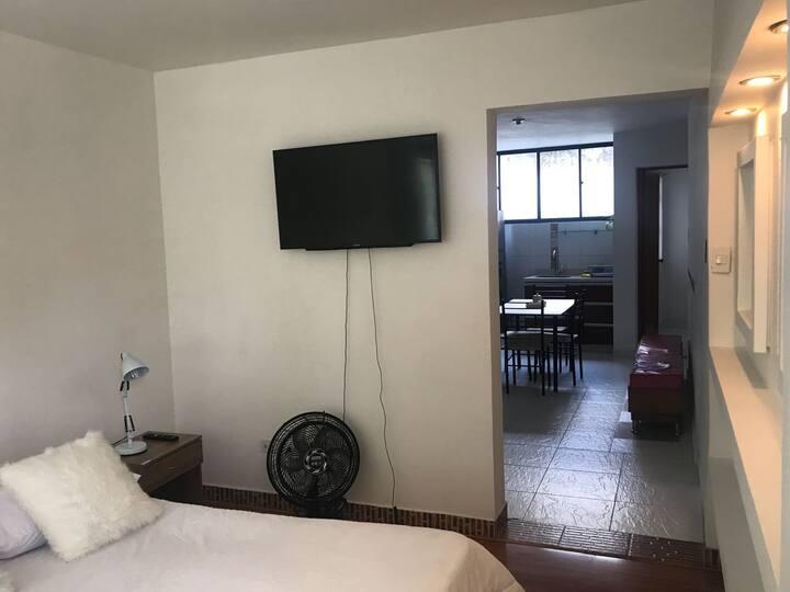 Apartamento cerca a la UPB Laureles