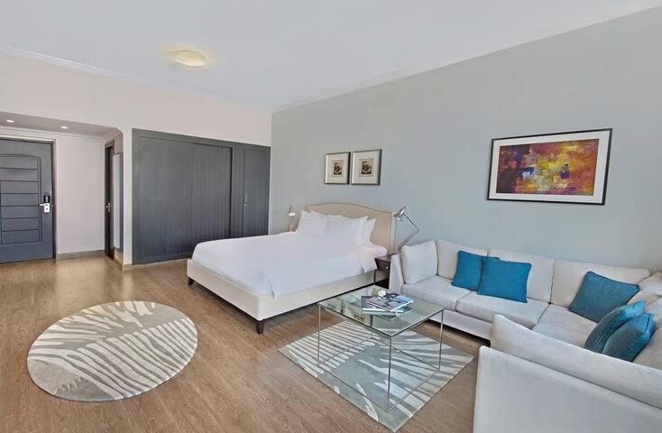 Luxurious Premium Room