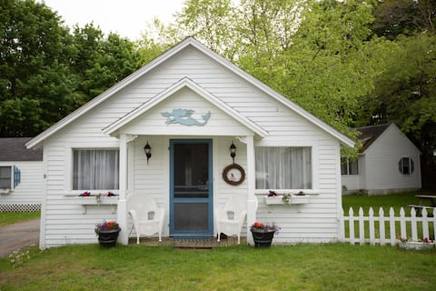 Boutique Cottage by The Sea (#9)