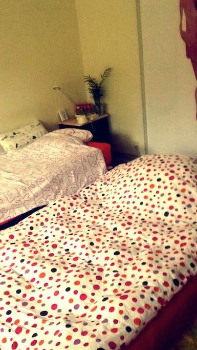 Bed and an extra, big air-mattress