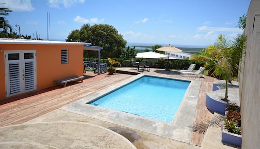 Relaxing 1BR Vieques Island House - Puerto Ferro - Haus