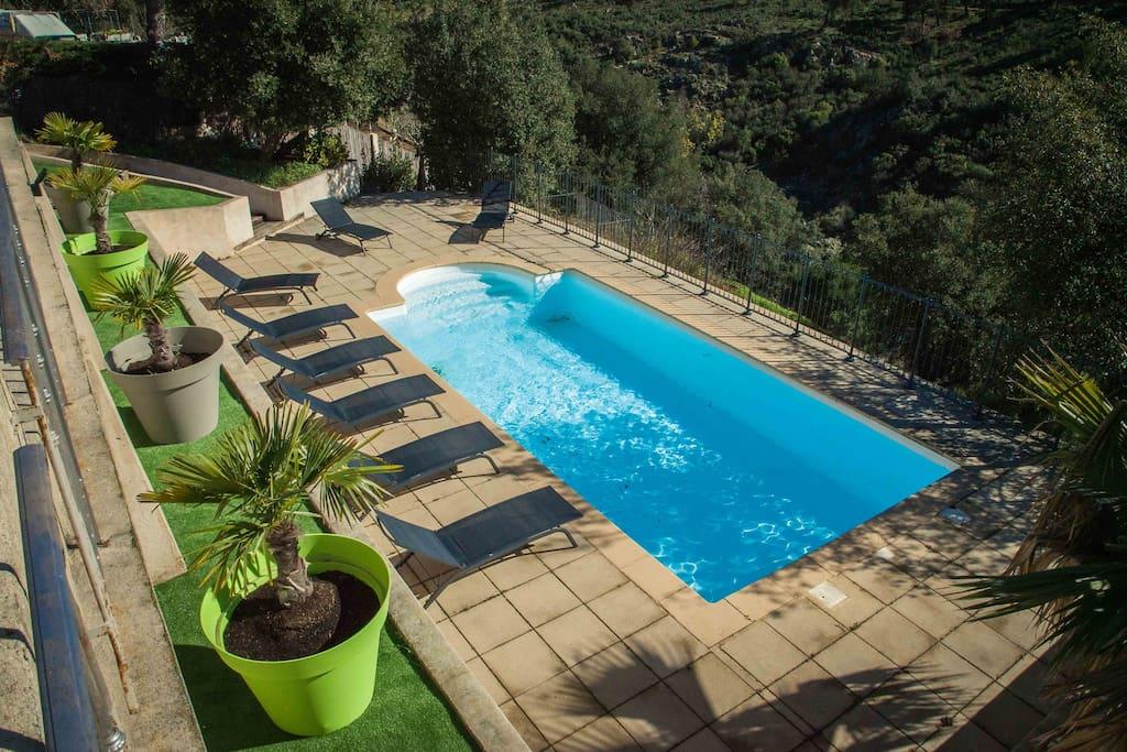 Magnifique vue maison 170 m2 villas louer sainte for Agrandissement maison 170 m2