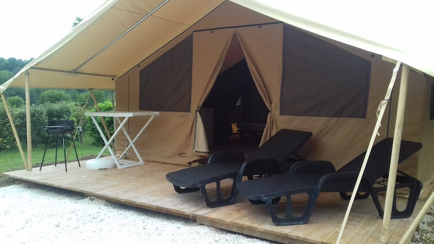 Camping 3* Tente Cabanon 4 personnes