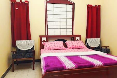 Second Floor Queen Size Family Suite (SFQS)