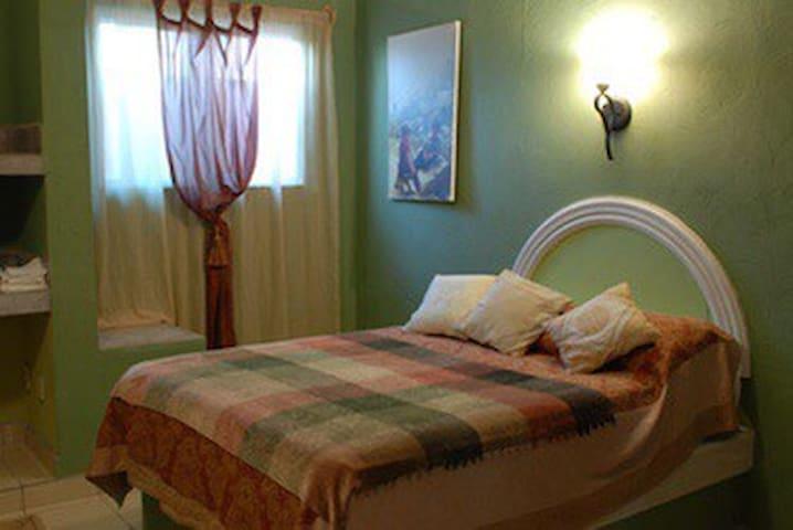 MAIN APARTMENT bedroom 3