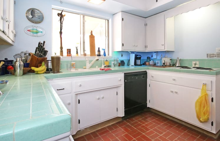 Casa de Mehntor - Tranquil Retreat - Poway - Bed & Breakfast