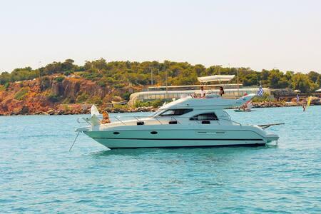 Luxury motoryacht in Pachi - Πάχη  - 船