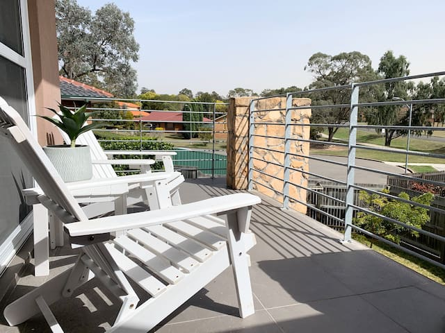 Executive 2 bedroom townhouse in Singleton!