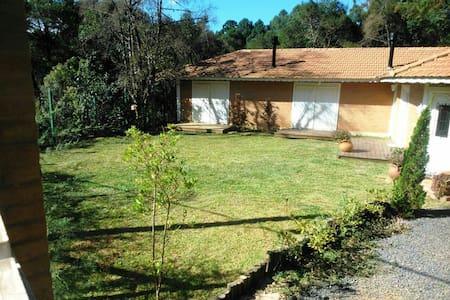 M.Verde - Casa Térrea Super Aconchegante 3 Suítes