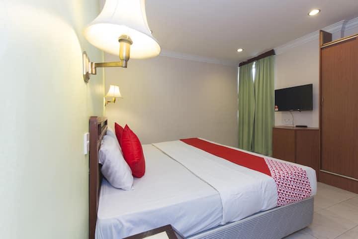 Standard 1BR- King Bed@ Sahara Inn! Sale Alert