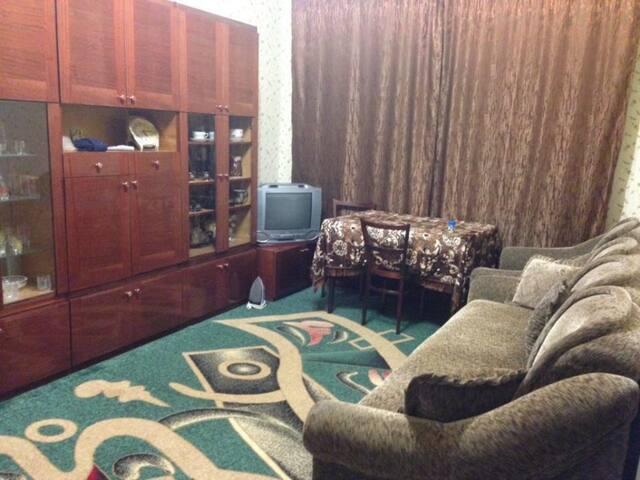 Уютна двухкомнатная квартира в центре города