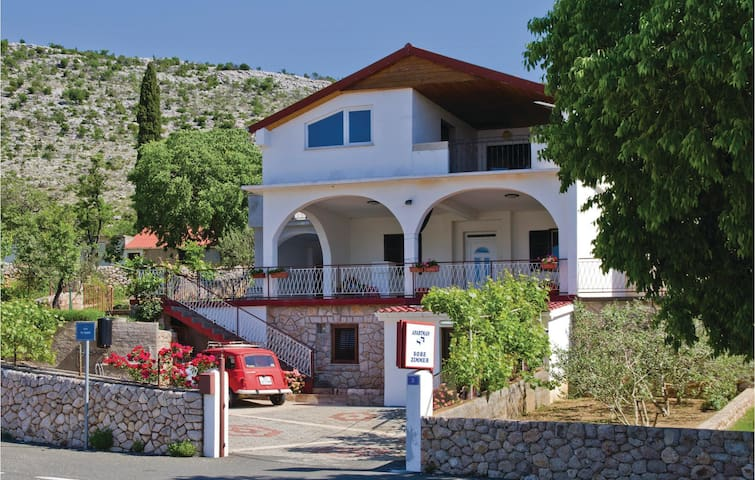 Holiday apartment with 1 bedroom on 43 m² in Modric
