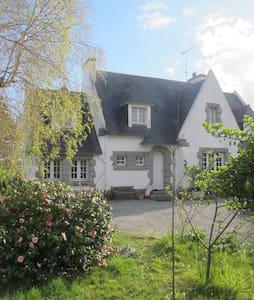 Villa bord de  mer - Plobannalec-Lesconil - Villa