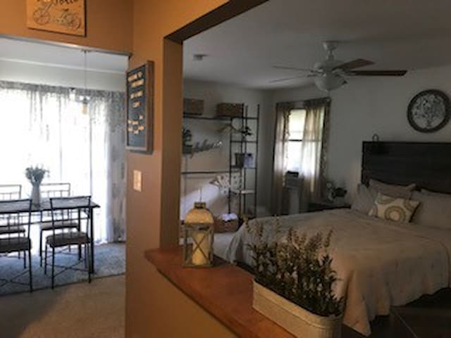 Open-feel studio apartment!