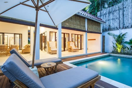 Charming 2 Bdrm Villa in Seminyak - close to beach