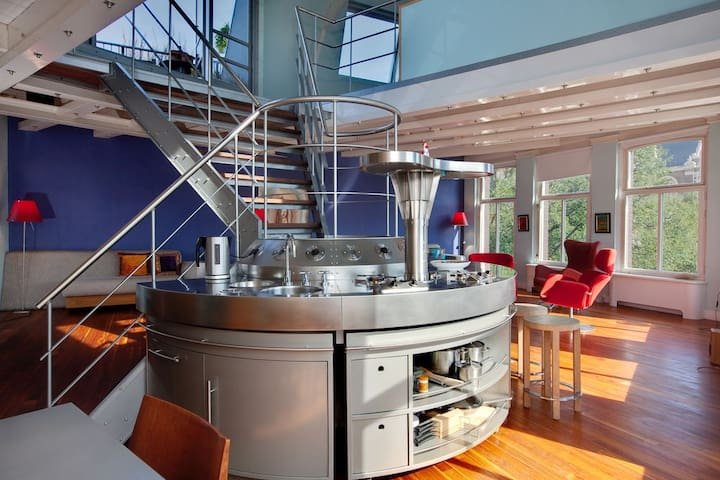 """Loft of the Century"" great design canalhouse appt - Amsterdam - Daire"