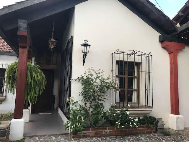 Casa de Los Abus