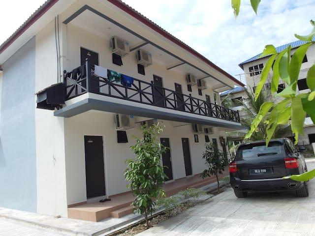 Kalong Bay Homestay - Villa 3 (Room 6)