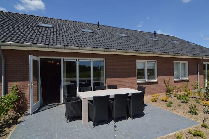 Cozy Farmhouse in Haaksbergen with Meadow View