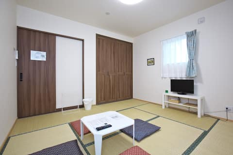 10min walk to Himeji Castle,Private Room for 2-4