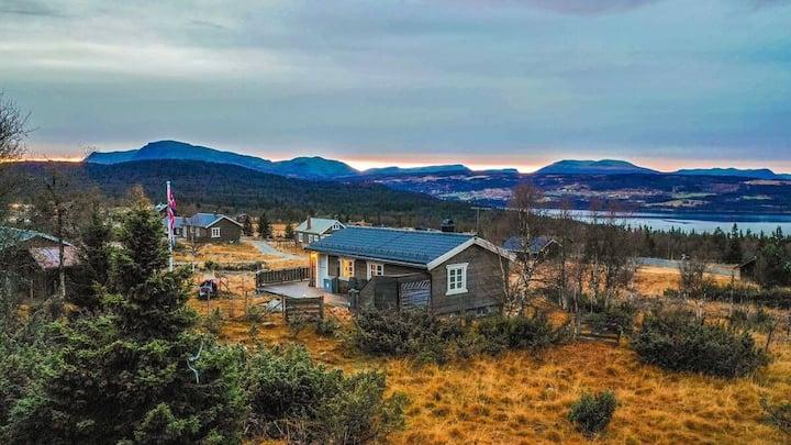 Koselig hytte i Gol, solrikt og fantastisk utsikt