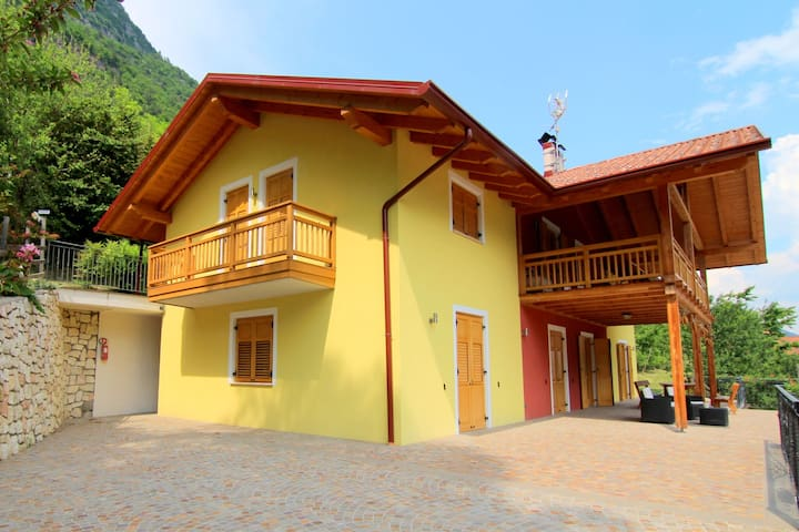 Accommodation with wellness center, in Val di Sole, 1km away from the ski bus
