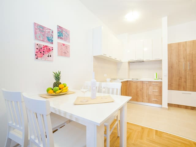 Apartments Peace 2 - Two Bedroom Apartment 4 - Budva - Appartement