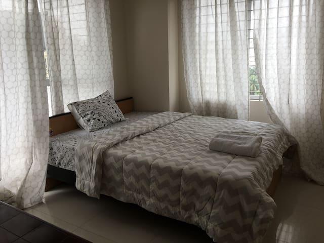 Brand new apartment's private room(9F,corner room)